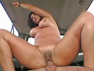 Mature Momma Does Some Backseat Banging With A Young Hombre Nuvid