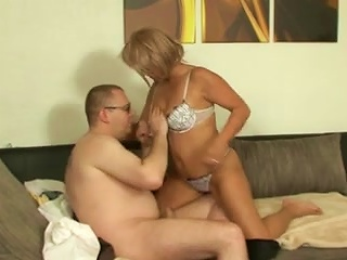 Horny MILF In Glasses Moans In Pleasure As Her Wet Pussy Gets Throbbed Hardcore
